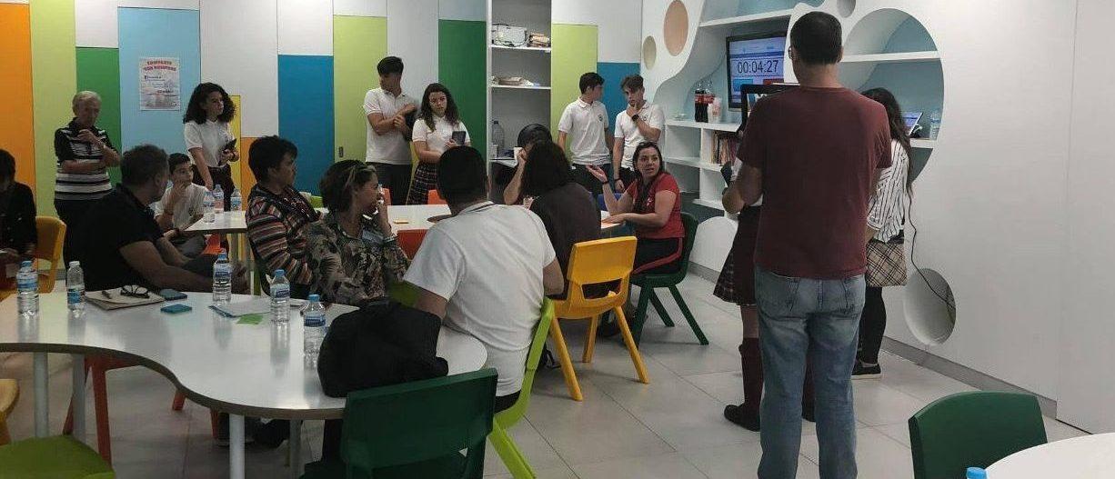 Colegios de la comunidad Valenciana que aplican el Modelo VESS exponen sus transformaciones educativas
