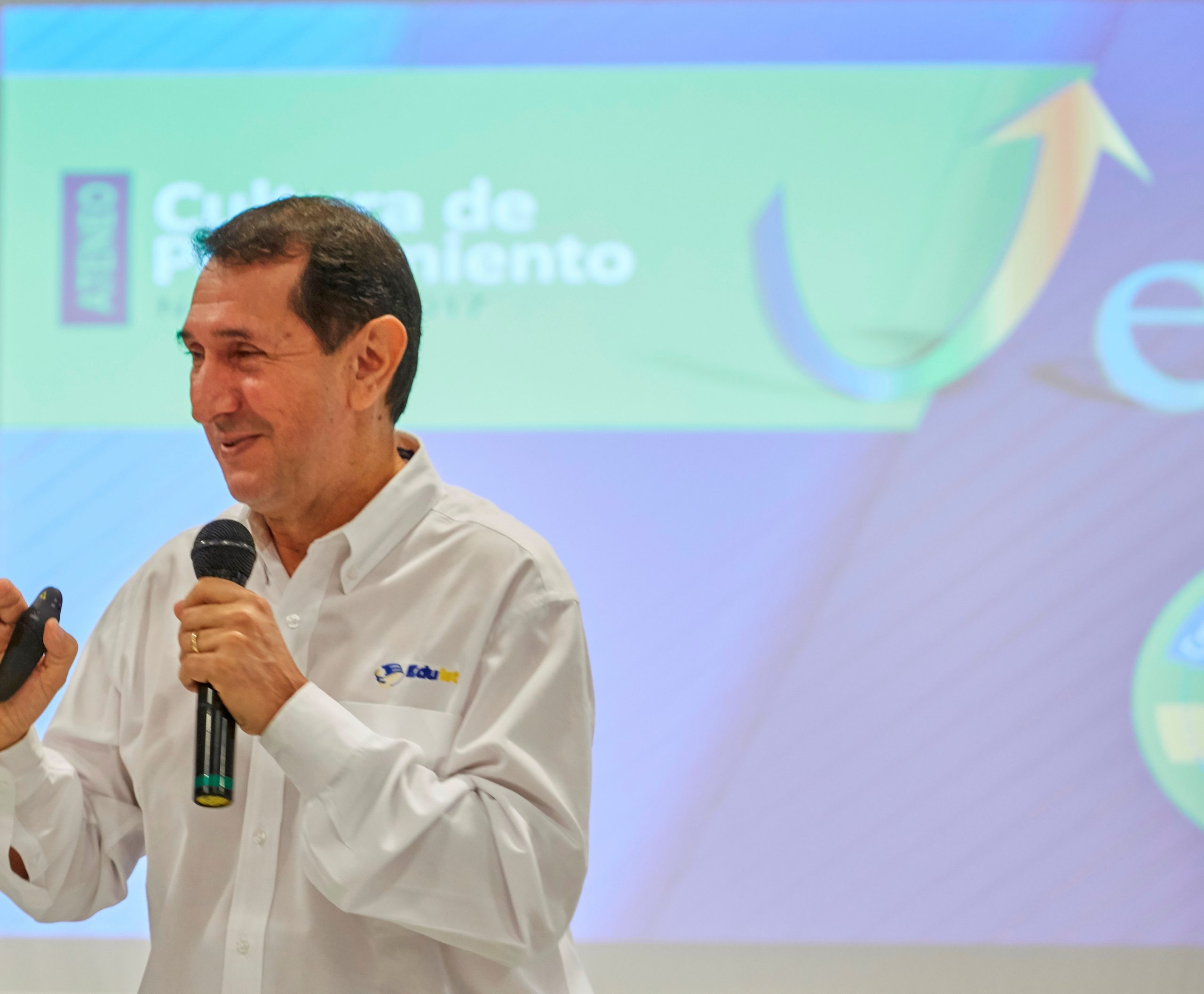 Educación en tiempos de pandemia: entrevista con Gilberto Pinzón